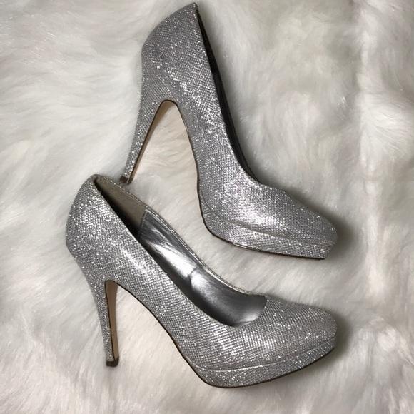Spring Shoes | Cute Silver Heels | Poshmark